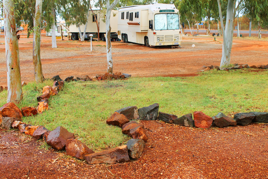 Meekatharra Accommodation Centre is also a caravan park and service station with great coffee and takeaways.